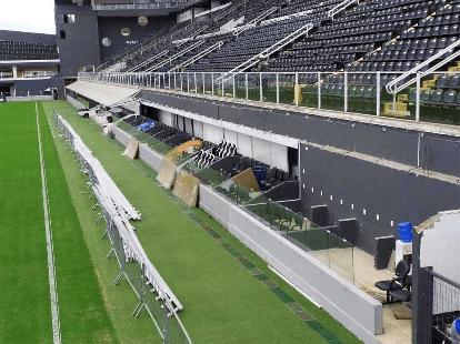 Santos calcula prejuízo com jogos com portões fechados