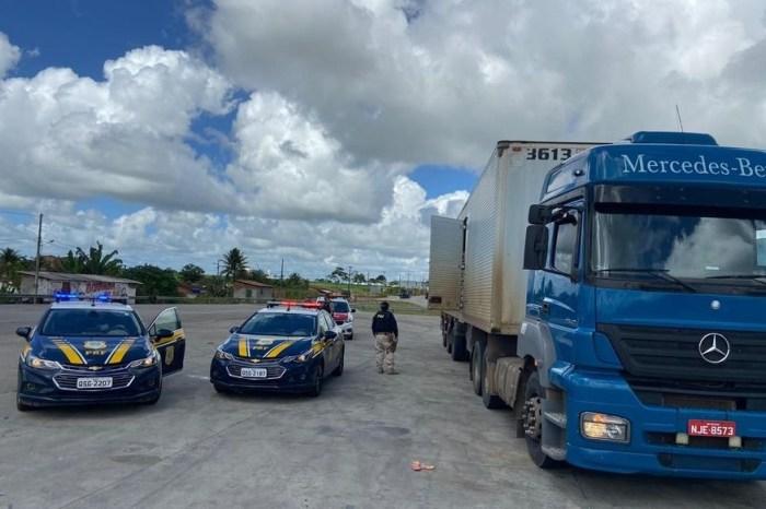 PRF na PB recupera caminhão e carga de leite em pó roubada em PE
