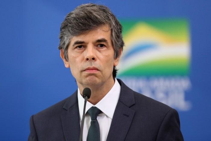 Ministro da Saúde, Nelson Teich, pede exoneração do cargo