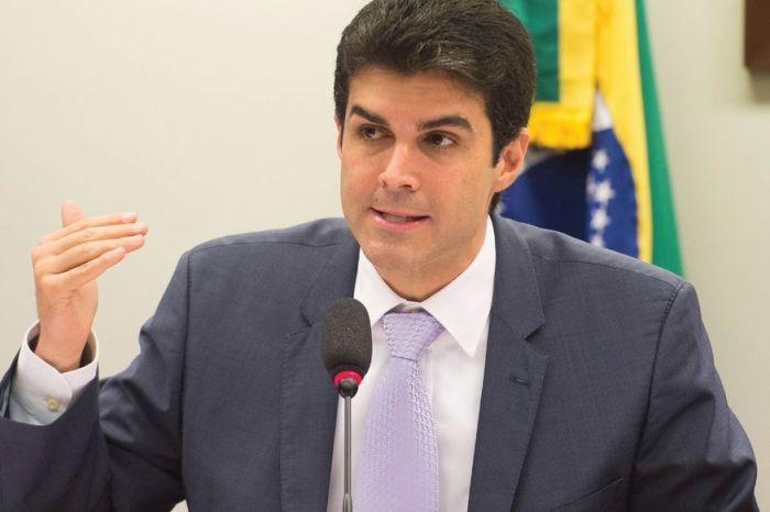 Governador do Pará é alvo de operação por suspeita de fraude na compra de respiradores