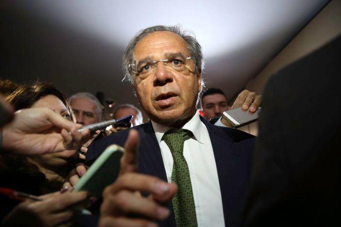 Paulo Guedes insiste em criação de nova CPMF com apoio do Centrão