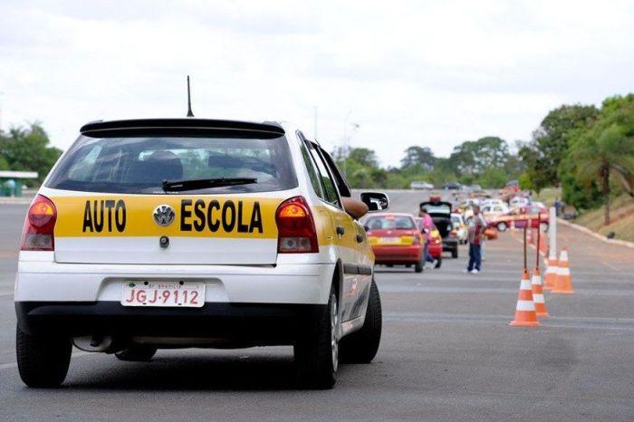 Aulas práticas em autoescolas da Paraíba serão retomadas a partir de 2ª