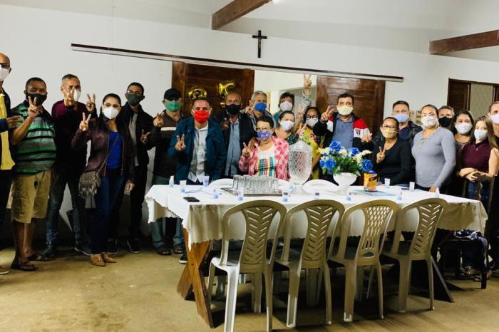 MOÍDOS DA REDAÇÃO: Prefeito reúne pré-candidatos a vereadores e lança pré-campanha em S. S. do Umbuzeiro