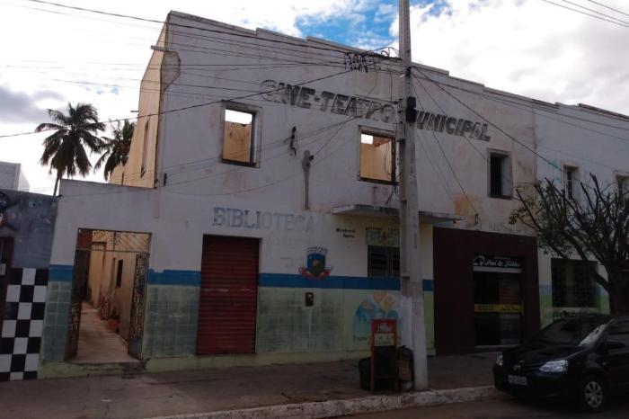 Prefeitura de Sumé trabalha em busca de recursos para revitalização do Cine Teatro
