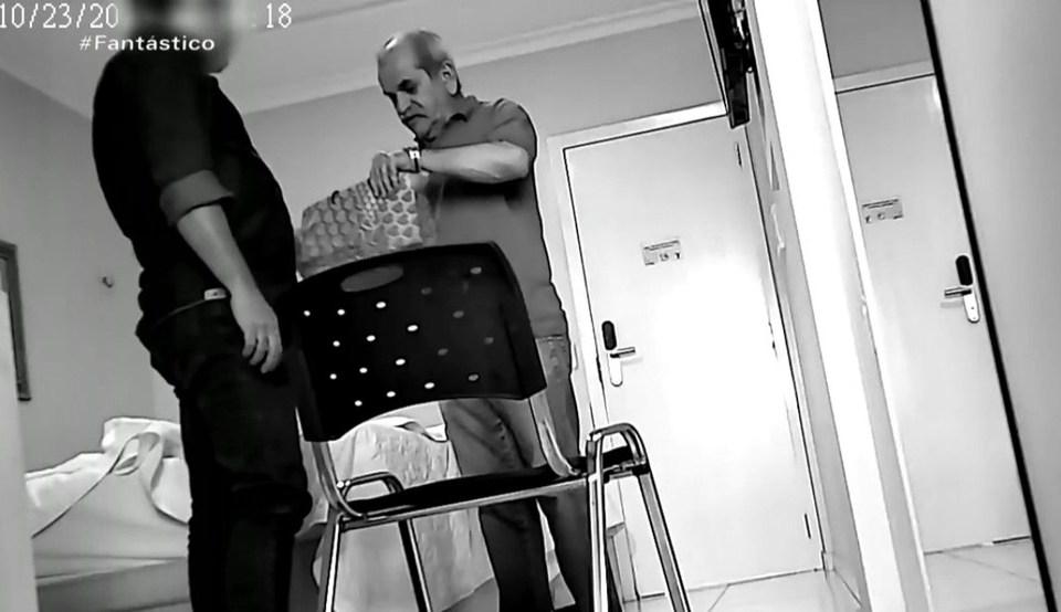 MOÍDOS DA REDAÇÃO: Prefeito paraibano gravado com dinheiro na cueca deixa presídio