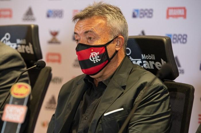 Novo técnico promete seguir legado do ´mister´ e garante Flamengo ofensivo