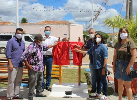 Prefeito Éden Duarte entrega área de lazer para Distrito de Pio X, em Sumé