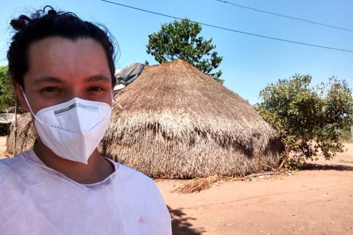 Aldeia do Xingu improvisa hospital, contrata médica e evita mortes
