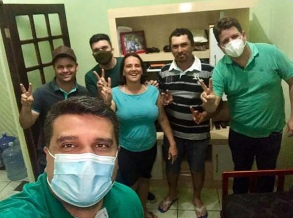 Grupo da Prefeita Natália de Dr. Júnior recebe adesão de mais famílias em Ouro Velho