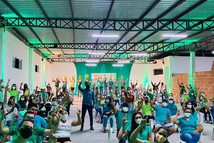 Pré-candidatos à reeleição, Lorena e Celecileno participam de reunião com a juventude