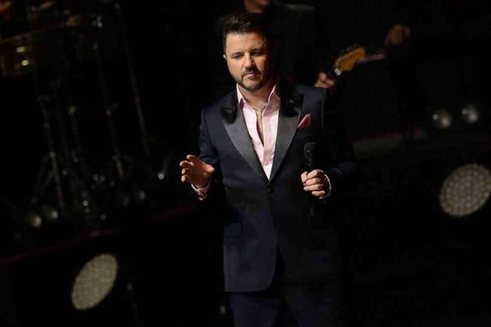 Cantor Maurício Manieri recebe alta após sofrer infarto em SP