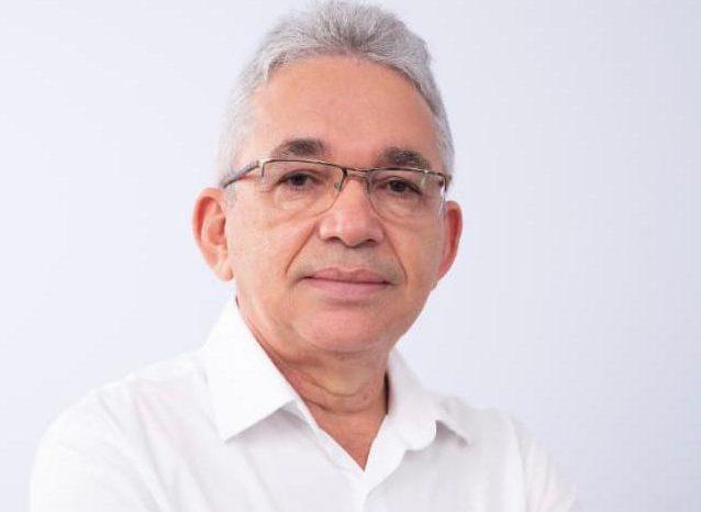 Ex-presidente do PT, Antônio Barbosa se oferece para ser vice de Ricardo