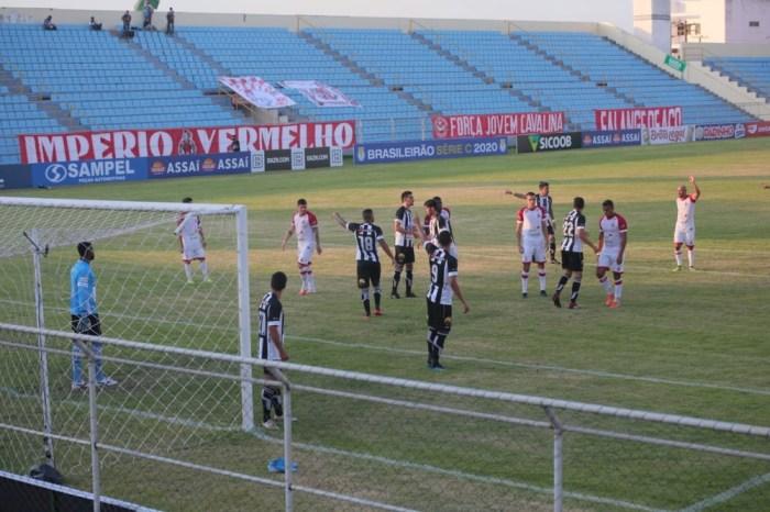 Juninho é destaque da primeira vitória botafoguense na Série C