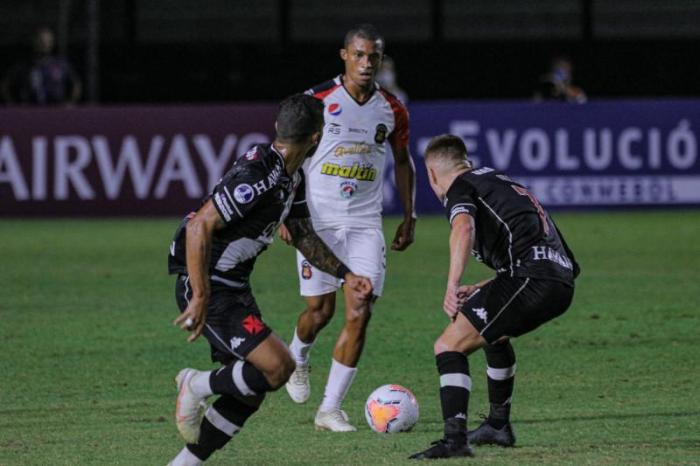 Vasco vence time venezuelano pela Copa Sul-Americana