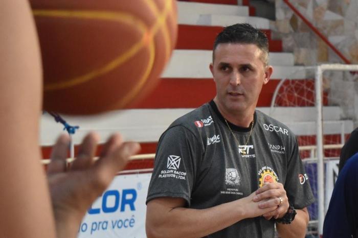 Basquete Unifacisa anuncia reforço na comissão técnica