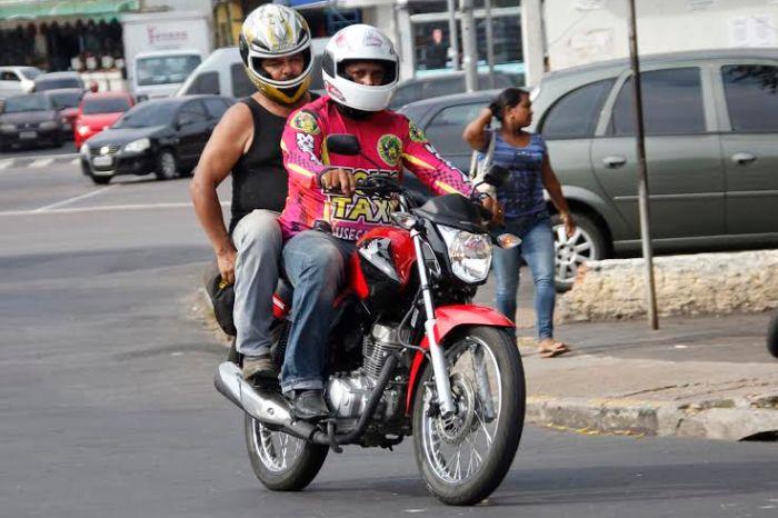 MOÍDOS DA REDAÇÃO: Moto taxistas de Monteiro confirmam aumento do preço das corridas para R$4 reais