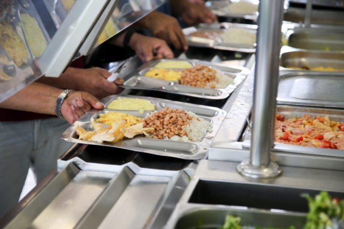 João Azevêdo anuncia criação de restaurantes populares em Monteiro e outras cidades