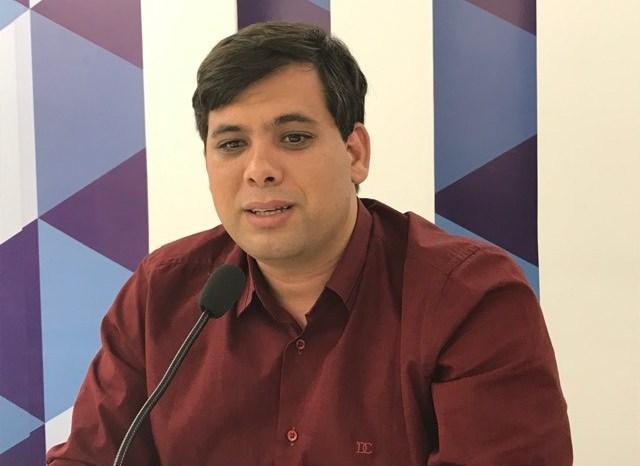 Tiago Castro pretende ampliar o número de UBS e implantar entrega de medicamentos para idosos