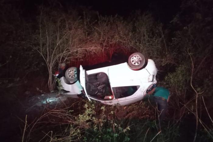 Mulher morre e quatro pessoas ficam feridas em acidente no Cariri