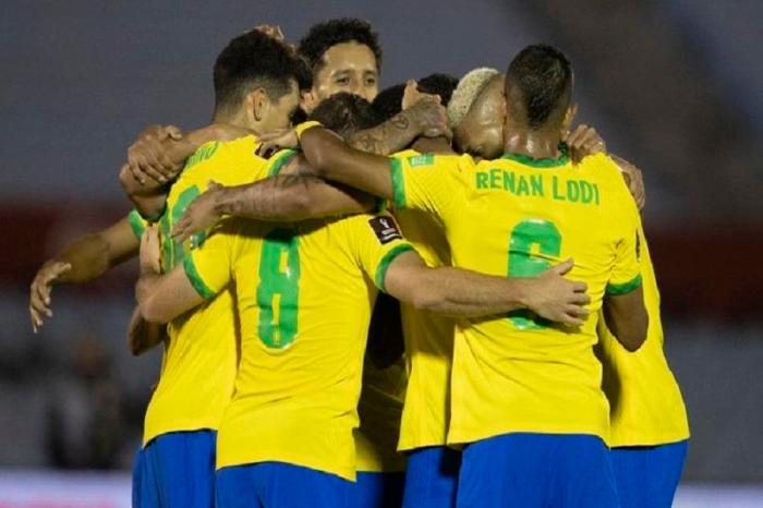 Eliminatórias: Seleção brasileira vence adversário histórico