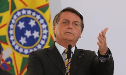 Bolsonaro sanciona sem vetos regulamentação do Fundeb