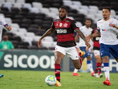 Heroica vitória do Flamengo termina com acusação de racismo