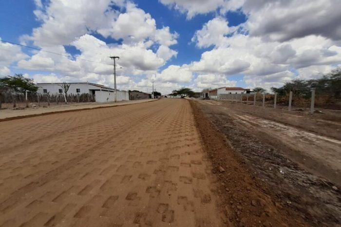 Obras na estrada que dá acesso ao Distrito de Malhada da Roça estão bastante avançadas