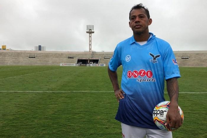 Marcelinho Paraíba quer se tornar um técnico como Tite