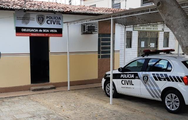 Polícia Civil cumpre mandados de prisão e apreensão de dinheiro e drogas em Boa Vista