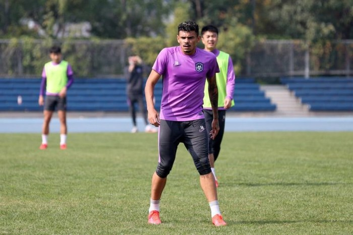 Tiquinho Soares vive expectativa do Tianjin na final da Copa da China