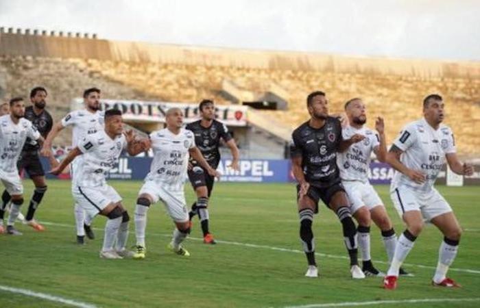 Botafogo - PB empata a rebaixa o Treze para Série D