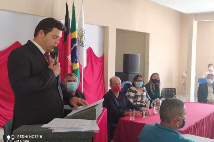 Genivaldo Tembório toma posse como o novo prefeito de Prata
