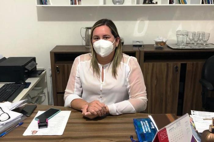 """MPF destaca o bom exemplo da secretária de saúde de Monteiro, """"furar fila em nosso município NÃO."""""""
