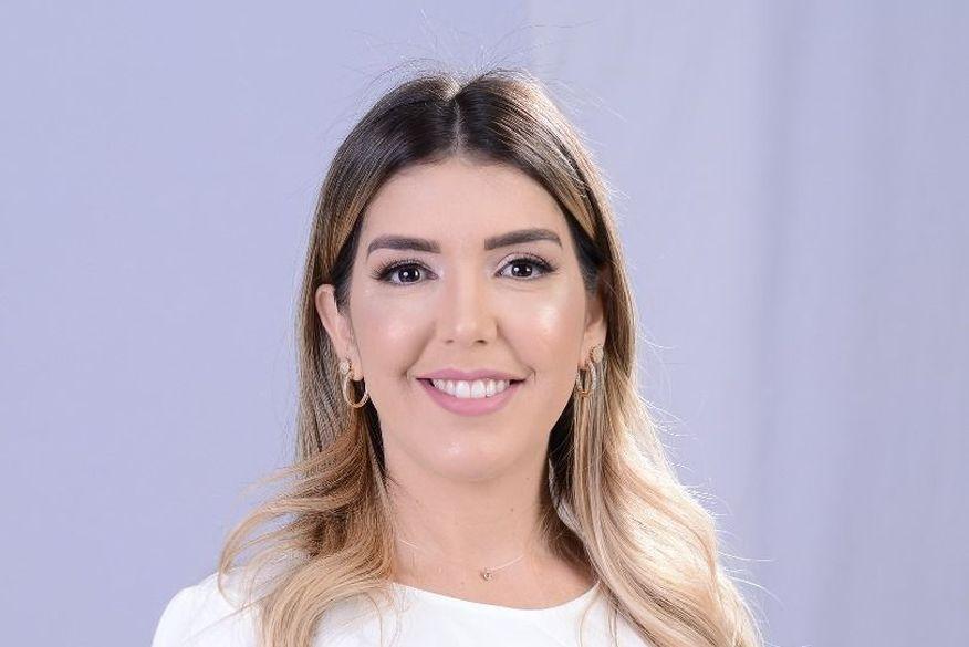 Eleita 2ª vice-presidente da AMCAP, Anna Lorena angaria mais uma vitória em sua trajetória política
