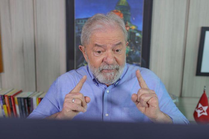 Em entrevista, Lula diz que se estiver habilitado será candidato em 2022