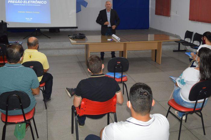 Sala do Empreendedor oferece curso de pregão eletrônico beneficiando município de Sumé