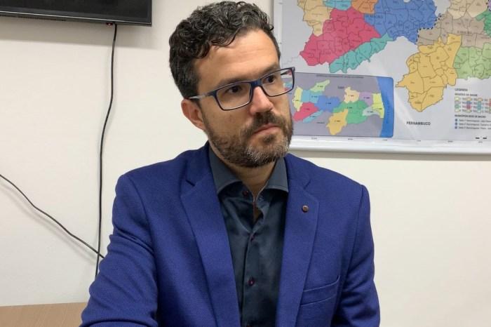 """Secretário reforça medidas contra pandemia: """"nenhum leito hospitalar novo substitui a proteção"""""""