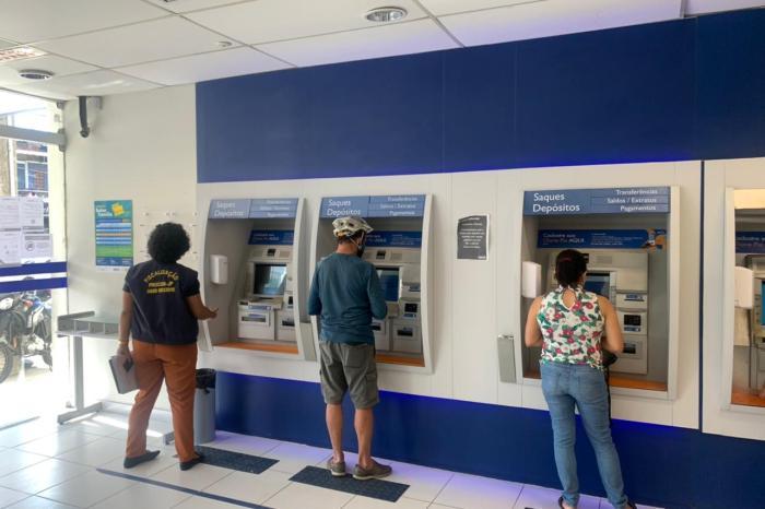 Dez agências bancárias são autuadas pelo Procon-JP por descumprirem decretos