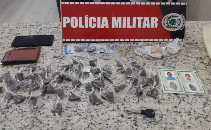 Após abordagem, Polícia Militar prende dois acusados de tráfico de drogas em Serra Branca
