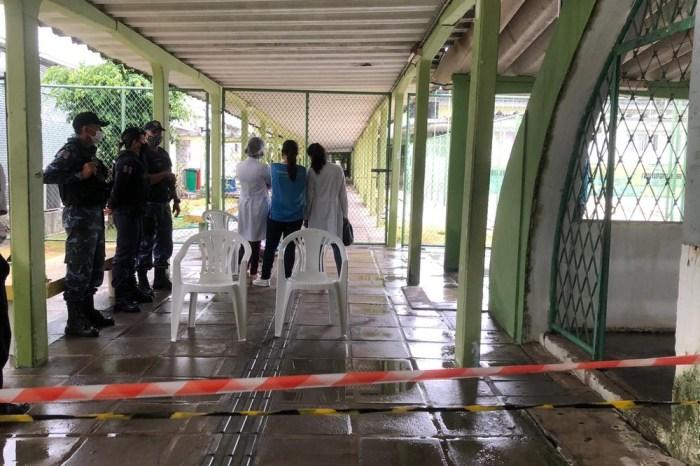 Idoso morre na fila da vacinação contra a Covid-19, em João Pessoa