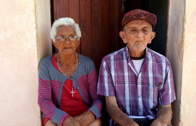 MOÍDOS DA REDAÇÃO: Justiça determina despejo de casal idoso que mora na mesma casa há 48 anos e caso gera revolta em Patos