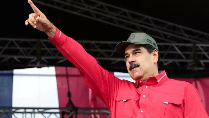 Venezuela exclui opositores de Maduro de vacinação contra Covid-19