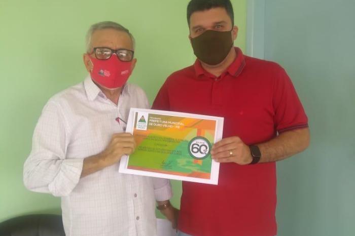 OURO VELHO: Prefeito firma parceria com a Faculdade Vale Do Pajeú e garante descontos para estudantes