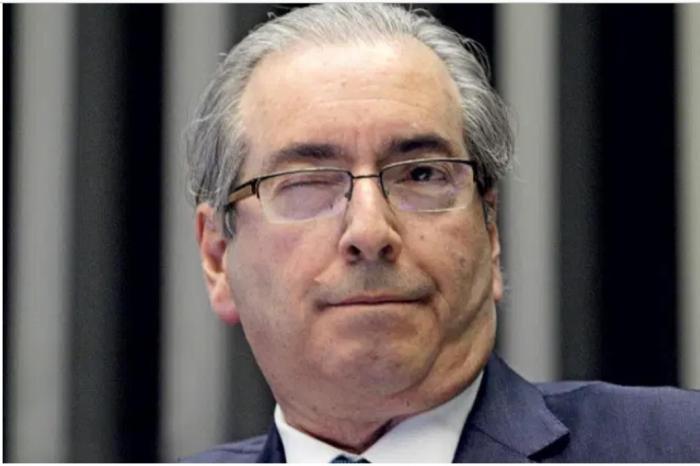 MOÍDOS DA REDAÇÃO: Cunha quer que Gilmar analise recurso sobre anulação de sua sentença