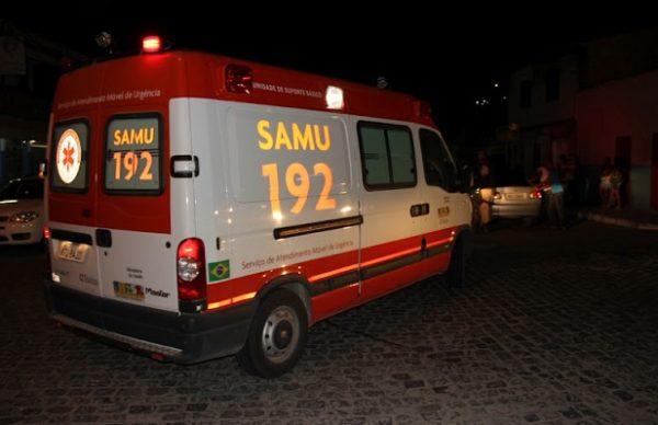 Colisão entre carro e moto deixa uma pessoa ferida em rodovia do Cariri