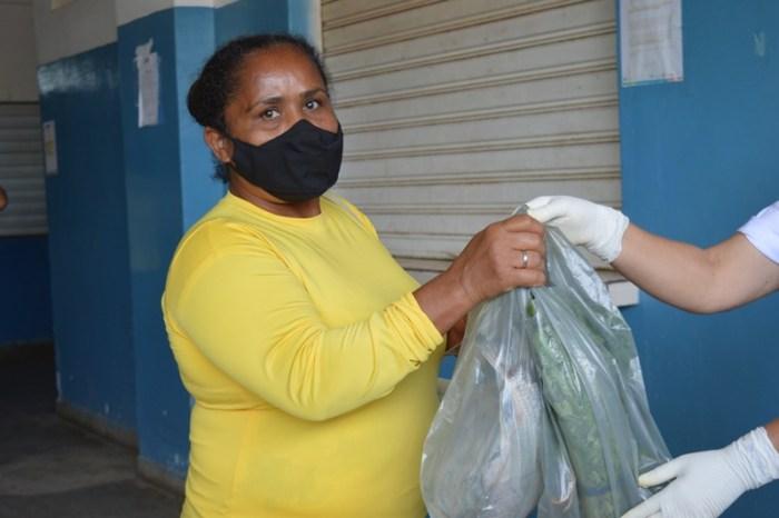 Prefeitura de Sumé distribui peixes em parceria com o Governo do Estado