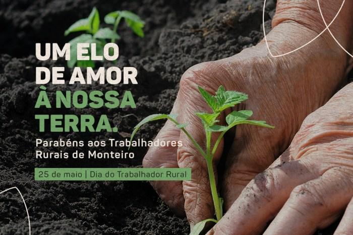 Equipe da Secretaria de Agricultura de Monteiro parabeniza produtores rurais pela passagem do seu dia
