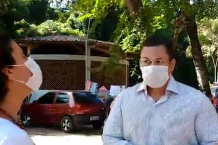 Militantes dizem que reitor da UFPB tentou encerrar ato com força policial militar