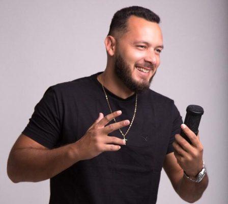Cantor Monteirense André Torres, lança música inédita Simplicidade