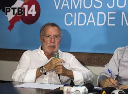 Ex-deputado Carlos Batinga anuncia desfiliação do PTB